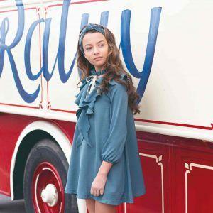 Vestido azul Eve Children modelo
