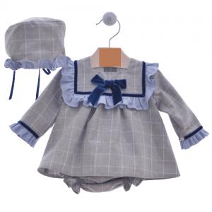 Vestido, braguita y capota gris